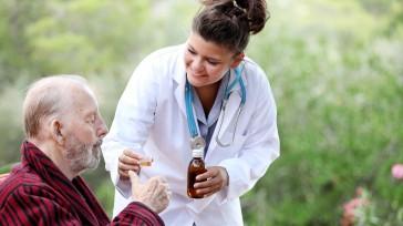 Muchos enfermos de Parkinson presentan síntomas al menos uno o dos años antes de que realmente se establezca el diagnóstico. Mientras más tiempo haya síntomas, más fácil es predecir cómo […]
