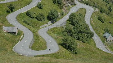 El ciclista Nairo Quintanadice sentirse bien para defenderse de las embestidas del británicoChris Froome, quien en competencias anteriores siempre ha sacado diferencias en estas montañas francesas. La estrategia defenderse en […]