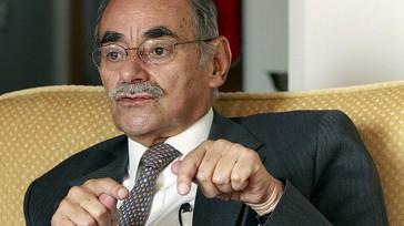 Horacio Serpa Uribe  Columnista Invitado  Hace pocos días leí en las redes un trino del siguiente tenor: «El plebiscito es un engaño. No sea menso, firme en cambio […]