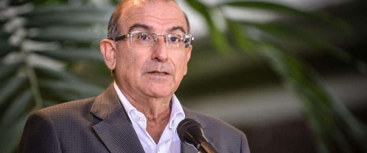 Los colombianos tienen 'el desafío de decidir' en el plebiscito: De la Calle     El jefe del Equipo Negociador del Gobierno, Humberto de la Calle, afirmó h […]