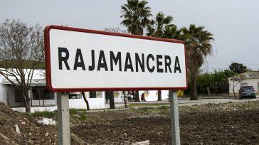 El común de la gente se acostumbró a escribir Rajamancera, como una sola palabra. Cuando ven ese topónimo escrito como dos palabras, muchas personas protestan y polemizan; es su costumbre […]