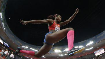 Caterine Ibargüen, es la mejor deportista en actualidad en Colombia, sin embargo la dirigencia del Comité Olímpico Colombiano, se opuso que la destacada deportista fuera la que portara la bandera […]