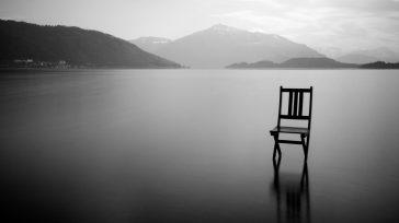 Erika Castillo Aponte La infinita perfección del silencio Cierto es que el silencio posee el don de la trasmutación: de estremecedor a magnífico, nublado, eufórico, incómodo, ameno, […]