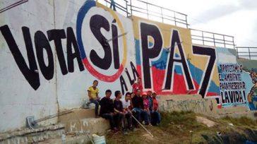En el sur de la Bogotá un grupo de jóvenes que integran el Comité del Sí a la paz pintó este vistoso mural en la muralla del Parque Altos de […]