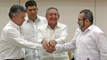 Reiteramos el compromiso asumido por el Presidente de la República y el Comandante de las FARC-EP de mantener el Cese al Fuego y de Hostilidades Bilateral y Definitivo decretado el […]