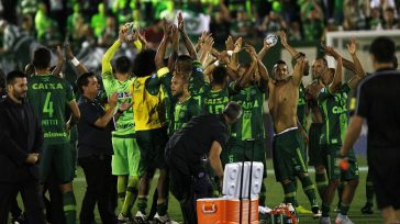 Atlético Nacional de Colombia, le propuso a laConmebol, declararequipo Chapecoense, Campeón de la Copa Suramericana.      El dolor embarga rotundamente nuestros corazones e invade de luto […]