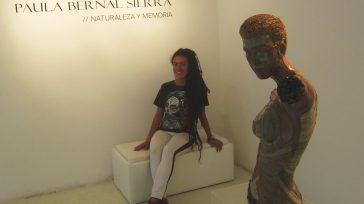 En Bogotá, fue el lanzamiento de la artista colombiana, Paula Johanna Bernal Sierra, con su primera exposición en la Galería El Gato.     Paula Johanna Bernal Sierra(Colombia,es […]
