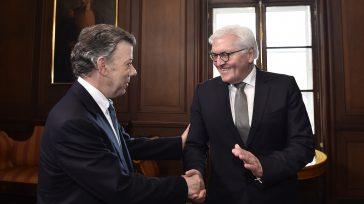 El Ministro de Relaciones Exteriores de Alemania, Frank Walter Steinmeier,que según la prensa política de ese país, es la persona con mayor favoritismo para ser el nuevo presidente Alemán, se […]