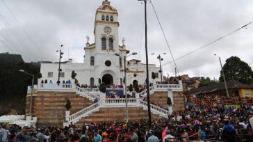 Con pleno éxito se desarrollaron las tradicionales fiestas de los Reyes Magos en el barrio Egipto de Bogotá.      Javier Sánchez López Primicia Diario   […]