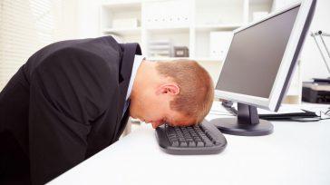 Los turnos laborales suelen producir problemas con el sueño porque crean confusión entre el ciclo biológico de sueño y el horario de trabajo. Eso significa que cuando usted debe ir […]