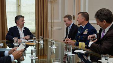 El Presidente Juan Manuel Santos y el Subsecretario de la Oficina de Asuntos Internacionales sobre Narcóticos y Aplicación de la Ley de EE.UU, William Brownfield, inician una reunión en la […]