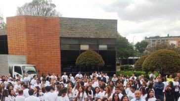 Los funcionarios de la planta central de la Registraduría en Bogotá, defendiendo a la entidad para evitar que se transforme en un organismo burocratico y clientelista.    Los […]