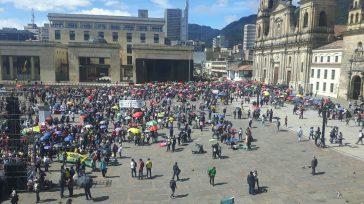 En completa normalidad transcurrió la jornada denominada por las centrales obreras como 'La toma de Bogotá'. Todos se concentraron en la Plaza de Bolívar, tras haber marchado por más de […]