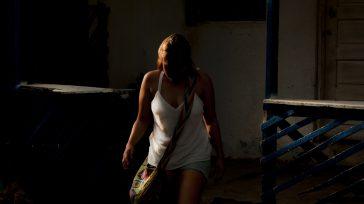 Las mujeres que ejercen la prostitución en Colombia, viven indudablemente en condiciones de desventaja, marginalidad socio-económica y cultural, son víctimas de graves y recurrentes violaciones a sus derechos humanos.  […]