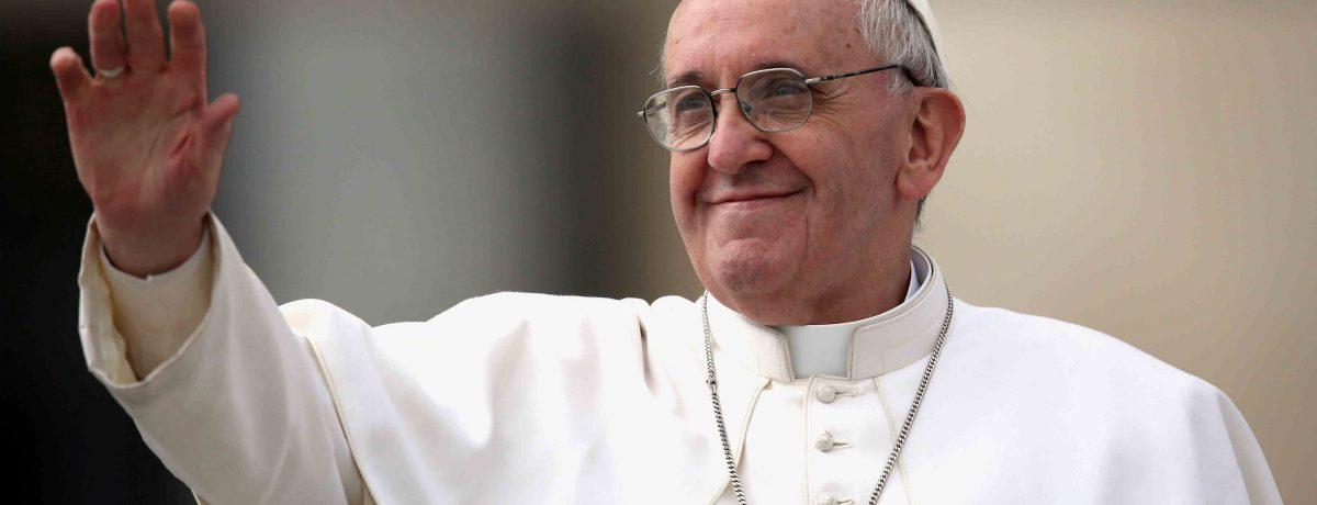 El Papa a su llegada a la parroquia de San Pedro Claver, ofrecerá el Ángelus, luego orará en el altar con varios miembros escogidos entre la comunidad afro, frente a […]