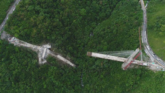 Bomberos de Cundinamarca confirmaron la muerte de 10trabajadores de la concesión de Coviandes por el desplome del puente vehicular en construcción en el sector de Chirajara en la vía Bogotá […]