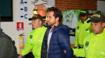 Rafael Uribe Noguera tiene ahora como vecino a alias «La Bestia», Luis Alfredo Garavito.El violador y asesinoen serie de niños que despierta la indignación de país cada vez que anuncian,falsamente, […]