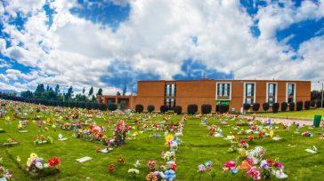 En el año 2008, el Jardín Parque Cementerio, comenzó actividades, con dos Capillas, tres salas de velación, tres salas de despedida, lotes para inhumación, bóveda, cenízarios en mármol y vidrio, […]