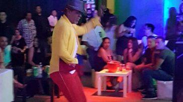 Diego Martínez, ha recorrido varios países, diferentes teatros y escenarios importantes bailando con grandes artistas latinos y de la música techno dance.       Colombiano radicado […]