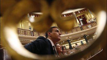 Pedro Sánchez es el primer presidente que llega al cargo por moción de censura, relevando a Rajoy/EFE.      «Contento y satisfecho». Pablo Iglesias ha proclamado desde […]