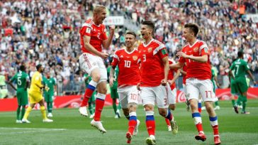 En el partido inaugural de la Copa Mundial de Rusia 2018,la selección anfitriona goleó por 5-0 a Arabia Saudita, equipo que mostró serios problemas en la zona aérea y defensiva.Saudita. […]