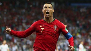 El Mundial, a sus pies: Cristiano Ronaldo brilló con tres goles en el debut ante España. España No pudo ganarle a Ronaldo.     Tres goles deCristiano Ronaldo, […]