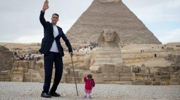 El hombre más grande del planetaSultan Kösen, se reúne en Egipto con la mujer más pequeña del mundo.       El turcoSultan Kösencreció como cualquier otro […]