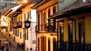 La posición geográfica privilegiada de Bogotá, la cual, al estar ubicada en el centro del continente, ofrece variedad de conexiones internacionales, cuenta con la terminal aérea de más capacidad para […]