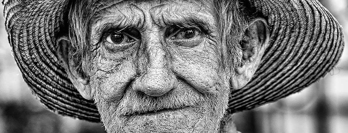 Un hombre de 100 años de edad, quien falleció en el Hospital Universitario del Valle (HUV) luego de permanecer una semana en cuidados intensivos, luego de ser agredido por un […]