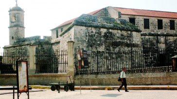 La Giraldilla, una bella historia de amor y símbolo de La Habana (Fotorreportaje)  Castillo de la Real Fuerza      Texto y fotos […]
