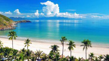 """Conocidatambién como la Playa Azul deCuba, es una ciudad rodeada de agua.      Lázaro David Najarro Pujol /Foto TripAdvisor Cuba Resaltada como """"una piscina de aguas […]"""