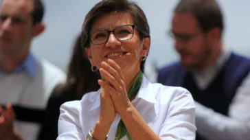 Claudia López casi triplica en intención de votos a Carlos Fernando Galán, quien se ubica en tercer lugar en la encuesta. López tiene el 35.14% y Galán el 9.18%. El […]