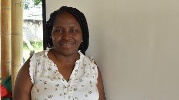 Las amenazas la persiguen desde que comenzó a trabajar como defensora de derechos humanos en Cauca, Clemencia Carabalí. Un día forzaron las puertas de su oficina, entraron de manera abrupta, […]