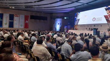 La mayoría de alcaldes de Colombia respaldaron la iniciativa del Director Ejecutivo de Fedemunicipios,Guillermo Toro, propusieron ampliar hasta por 6 años, el periodo de alcaldes y gobernadores en Colombia.  […]
