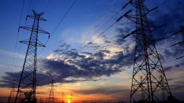 Al instalar dichas torres de energía, por parte de Emcali, y tal y como lo indica la Reglamento técnico de instalaciones eléctricas, Retie, toda línea de transmisión aérea con tensión […]