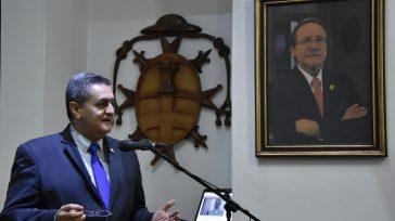 El vicerrector de la Universidad de La Gran Colombia, Hernán Alejandro Olano García, al instalar el evento y como jurista hizo un análisis de la crisis de la justicia.  […]