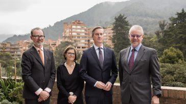 Izq a der: El embajador de Noruega, John Petter Opdahl; la embajadora de Suecia, Ewa Werner Dahlin;el embajador de Dinamarca, Erik Høeg y el embajador de Finlandia, Jarmo Kuuttila.  […]