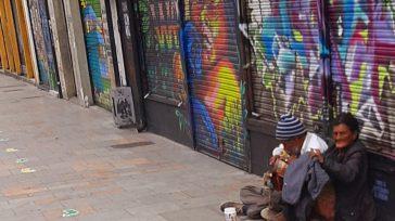 Habitantes de la calles a su vez adultos mayores tienen que tomar riesgos para subsistir.     En el más reciente reporte de la Secretaría de Salud, del […]