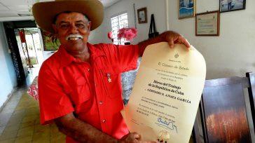 El 17 de abril del 2008 se le otorgó la condición de Héroe del Trabajo de la República de Cuba.    Texto y fotos Lázaro David Najarro Pujol […]
