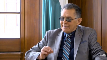 Profesor Teodoro Gómez, socio del CPB. Guillermo Romero Salamanca Comunicaciones CPB Sonó el teléfono y era él, el hombre que más sabe de latín y griego en Colombia. Sólo atiné […]