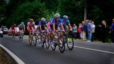 La mejor carrera de ciclismo en el mundo, el Tour de France empezó a mostrar los deportistas que tienen posibilidad de triunfar. Nairo Quintana y Egan Bernal, son los colombianos […]