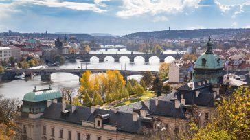 Las calles medievales de la capital de la República Checa invitan a perderse por uno de los cascos históricos mejor conservados de Europa.En la vida hay que escribir un libro, […]
