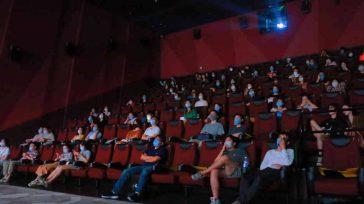 La norma que permite esta reapertura es elDecreto Distrital 207establece que teatros y cines podrán abrir de nuevo sus puertas con un aforo máximo de 50 personas,    […]