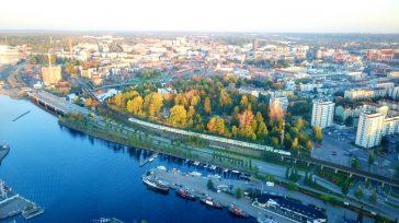 Finlandia no sólo ocupa el primer lugar en la clasificación general, sino que también es el mejor país pequeño, el que tiene los más altos ingresos y, por último – […]