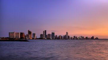 Cartagena bañada por el mar caribe.    Cartagenaes una ciudad que estáubicadaa orillas del Mar Caribe, en la zona noroccidental del continente suramericano. En Colombia, se encuentra al […]