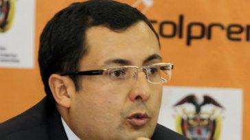 Juan Carlos Granados   Para el congresista Germán Navas Talero denunció que pudo haber un 'enjuagado' para que el investigado ex-contralor de Bogotá fuese elegido y con ello lograra […]