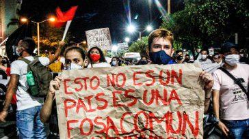 Confidencias: ALTA TENSIÓN MASACRES EL PAN DE CADA DÍA EN COLOMBIA 79 masacres han ocurrido en todo el país durante el 2020. En estas masacres han asesinado a 340 personas. […]