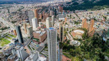 Bogotá paralizada por la pandemia.   Cuarentena en Bogotá este fin de semana.Alcaldía de Bogotá confirmó que será de dos días y que seis localidades también entrarán a aislamiento. […]
