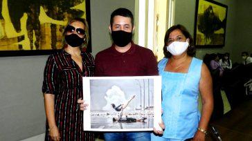 Es responsabilidad de cada cubano evitar el contagio con algo tan simple como el uso del nasobuco.    Texto y fotos Lázaro David Najarro Pujol El nasobuco, nombre […]
