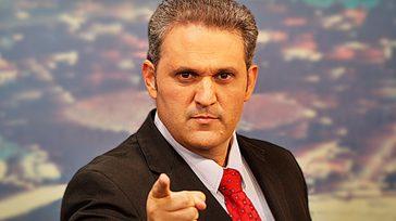 Stanley Gusmanperiodista y presentador brasilero de televisión  El popular periodista y presentador brasilero de temas judiciales Stanley Gusman falleció este 13 de enero víctima de Covid-19. Eran conocidas sus […]